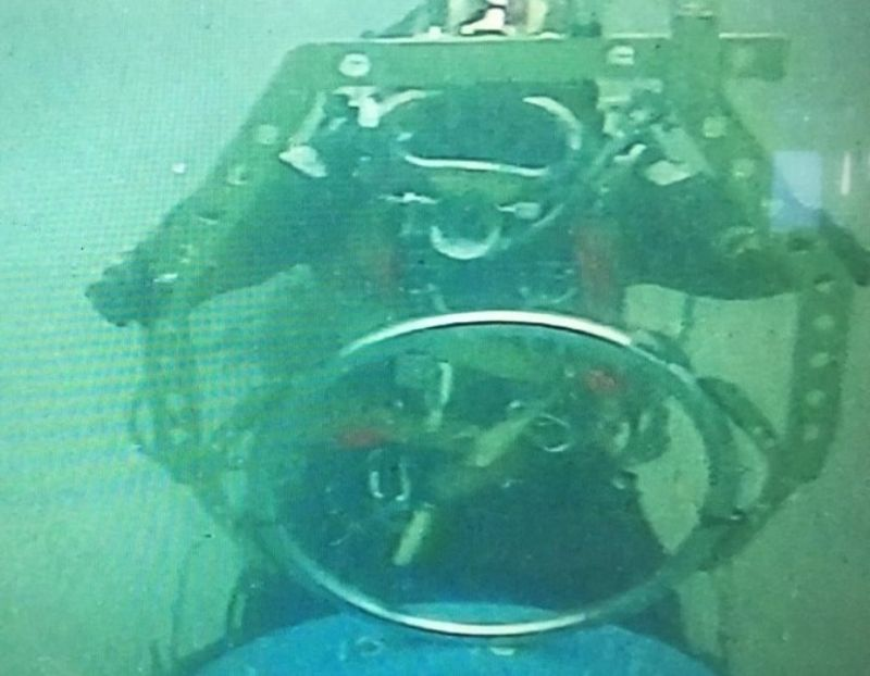 Lobster Tool Subsea With Diver 2